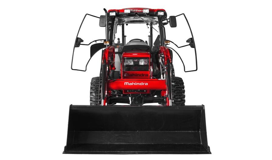 6065 4WD EPST Studio01_0